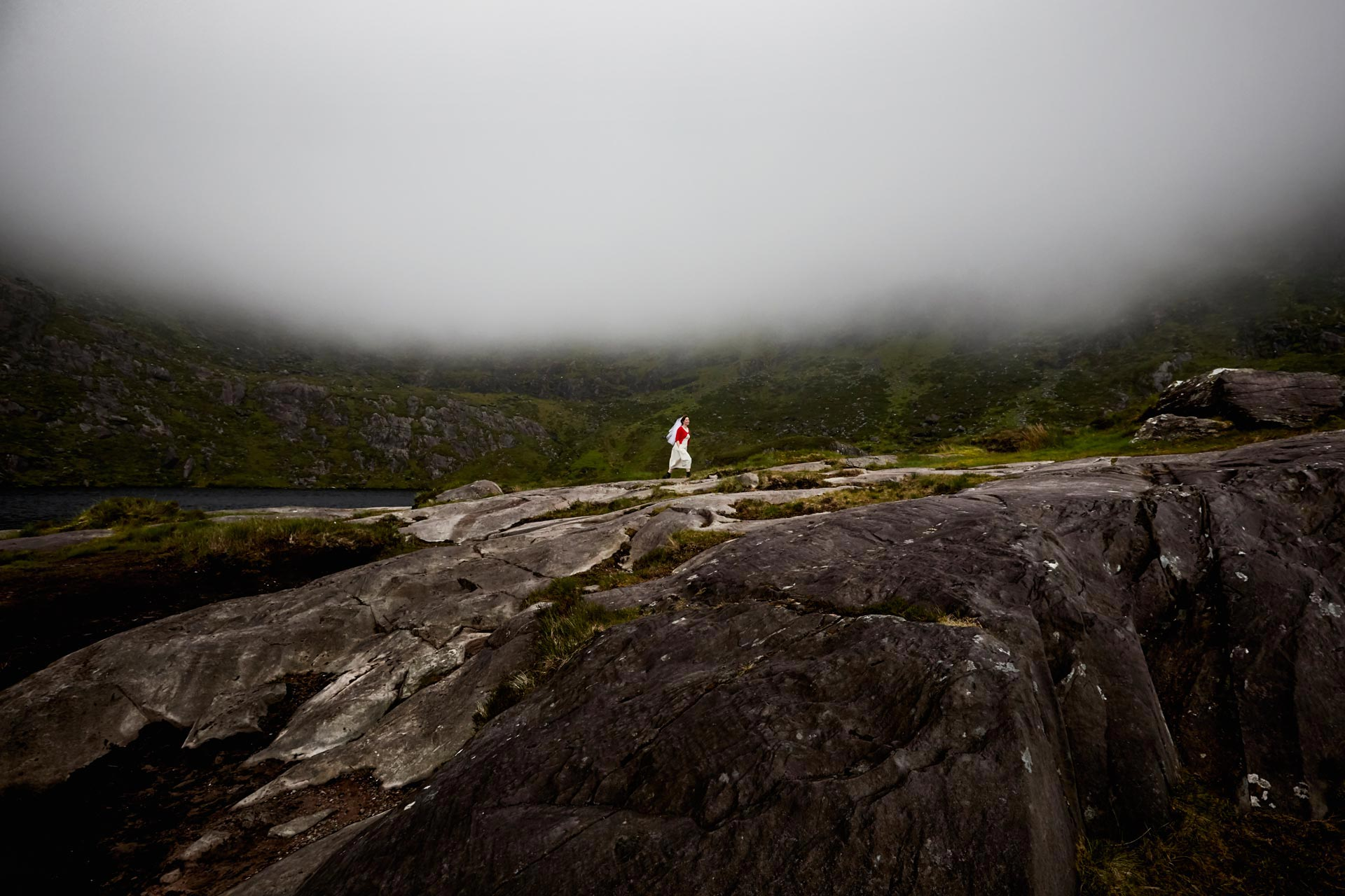 Irland-Wedding-Mountains_Florian-Heurich